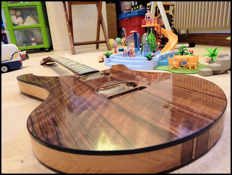 Guitare vernie