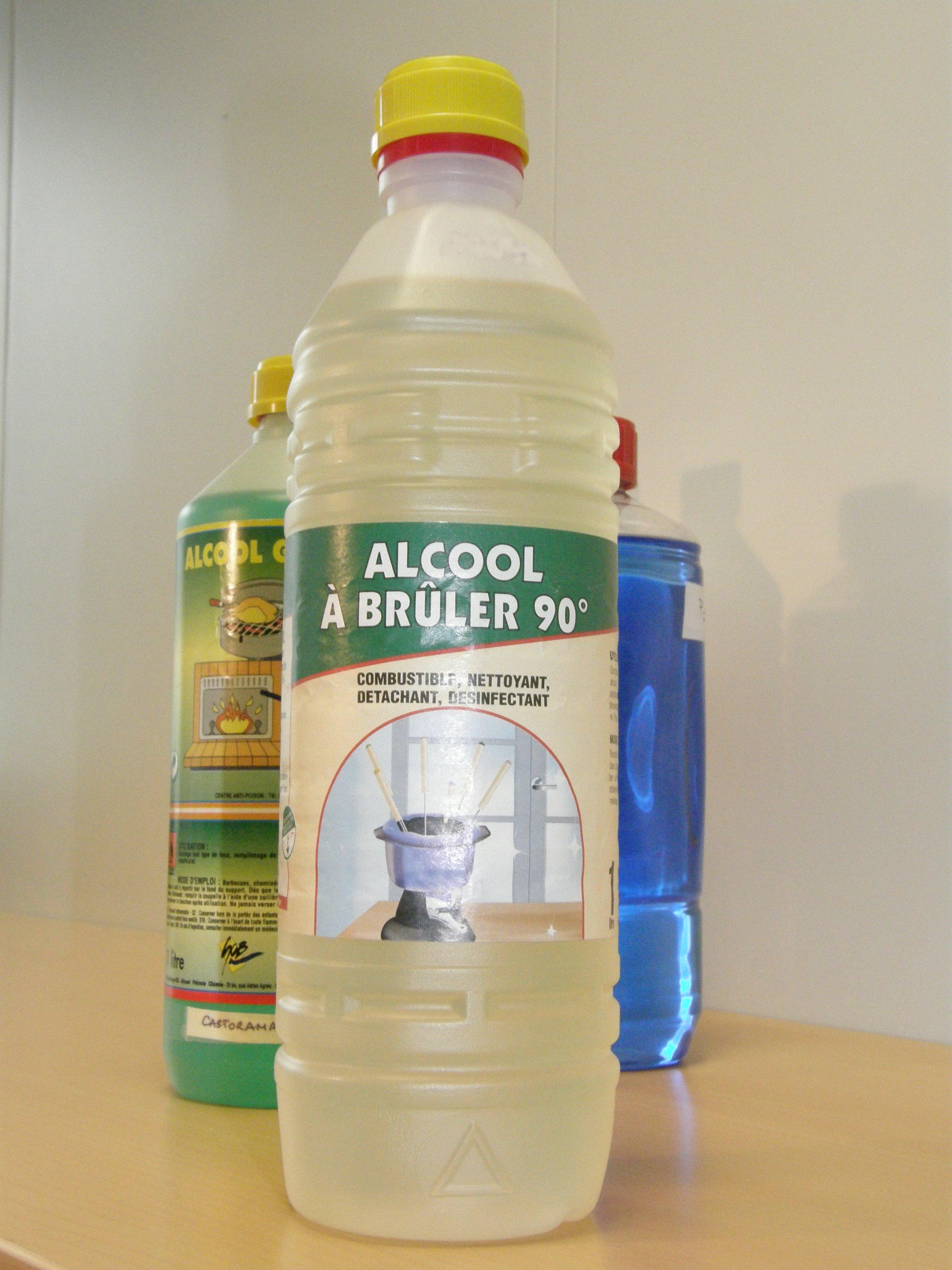 Alcool a 90 detachant linge nettoyant vetement
